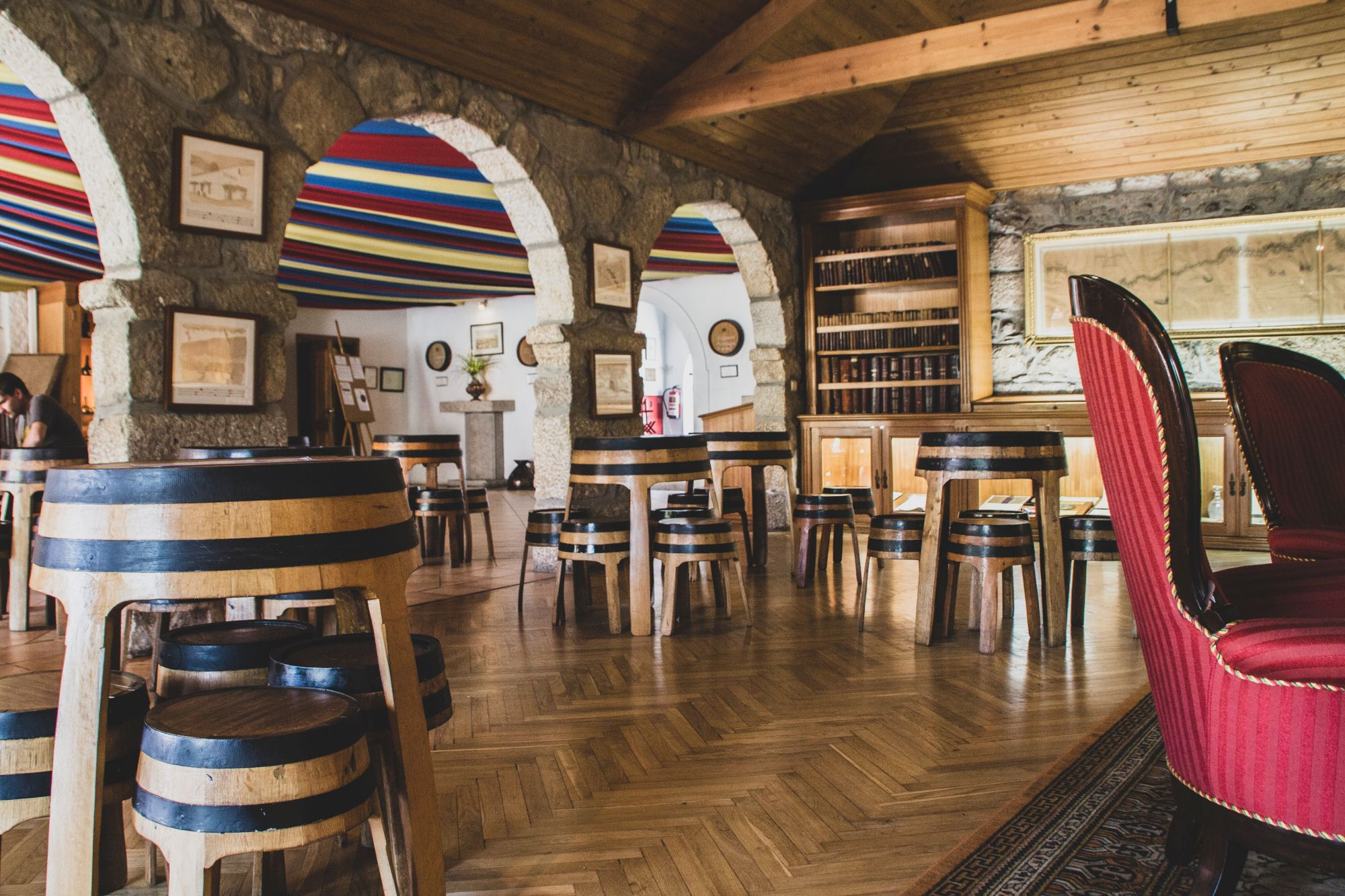 Cave Taylor's Porto